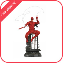 Marvel Comics Gallery Daredevil Statue Figure by Diamond Select Toys - $51.95
