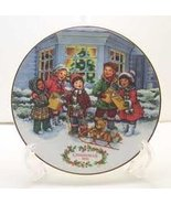 Avon 'Perfect Harmony' 1991 Christmas Plate - $9.78