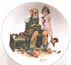"""Norman Rockwell1982 Int'l Collection Finders """"The Cobbler"""" Plate Ltd. Ed... - $8.86"""