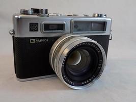 Vintage G YASHICA ELECTRO 35 CAMERA YASHINON f 45mm 1:1.7 Lens Case UNTE... - $21.77