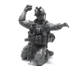 Miniature 1/35 US Navy Seal Commando Grenadier Soldier Resin Model Figur... - $26.00
