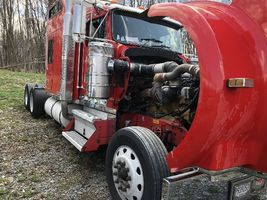 1999 Kenworth W900 Studio For Sale in Red Hook, New York 12577 image 5