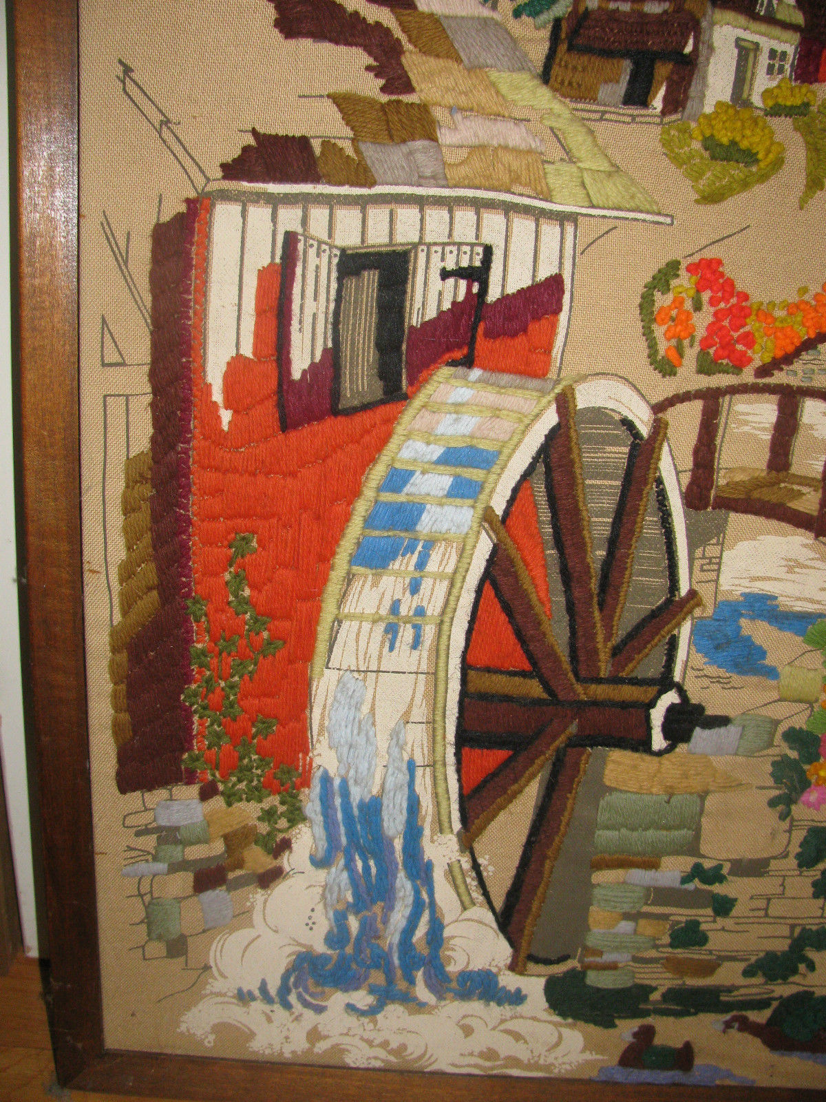 """VINTAGE CREWELL PICTURE 32"""" X 26"""" VERY OLD-WATERMILL-HOUSE-ARCHED BRIDGE-FLOWERS image 2"""