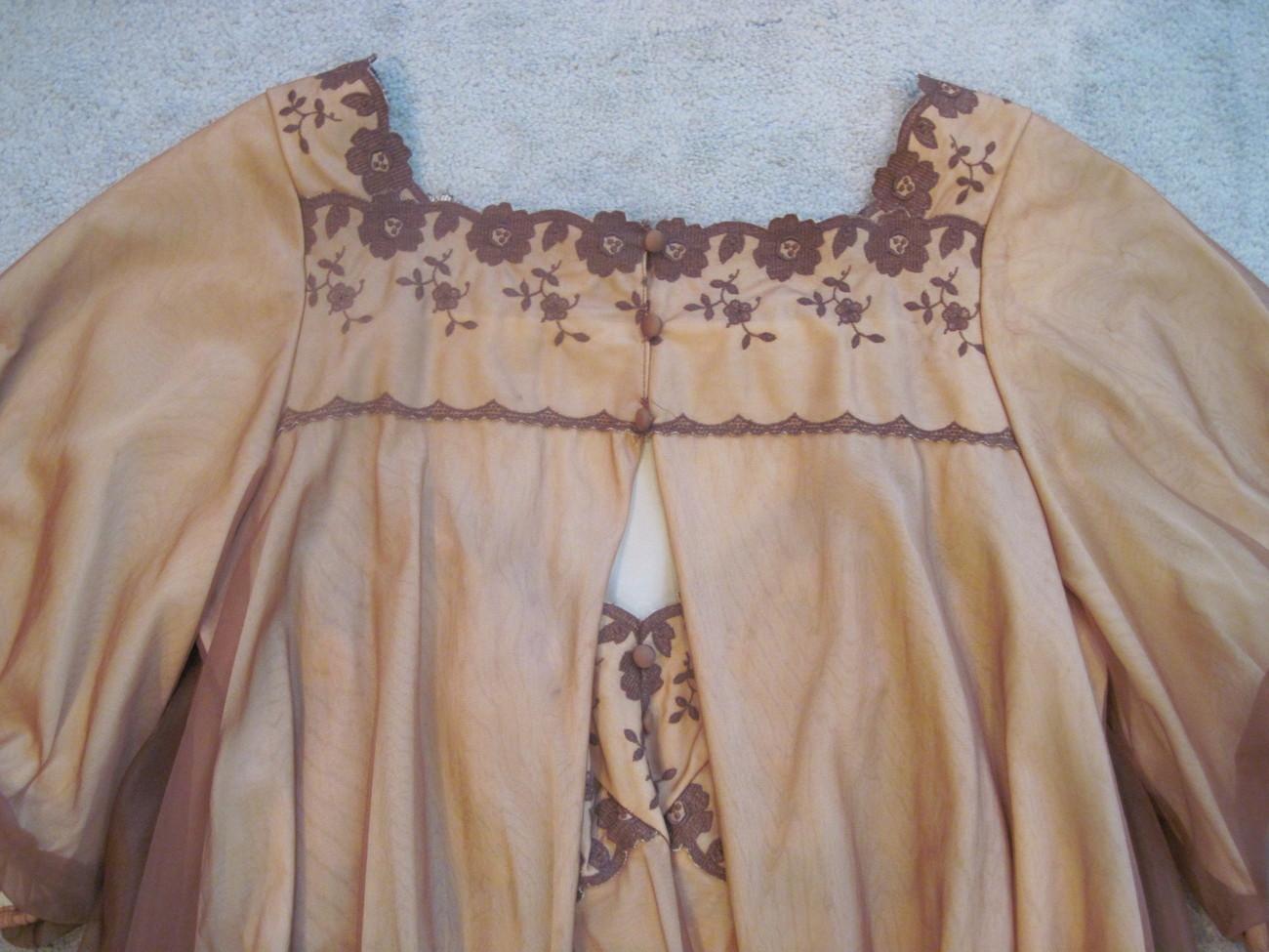 Peignoir Set, Warner's Vintage Gown and Robe  Med Other