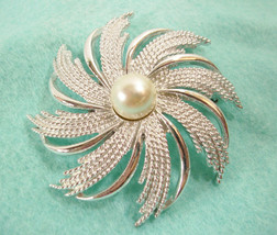 Sarah Coventry Swirl Pearl Silver Brooch Pin Textured Large Pinwheel Spi... - $14.80