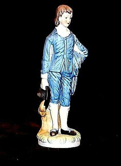 Young Gentleman Figurine Holding his Hat AA18 - 1105 Vintage