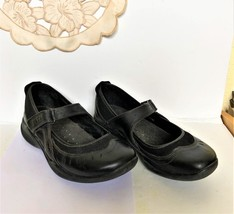 Clarks Mary Jane Walking Shoe Size 9 - $29.00