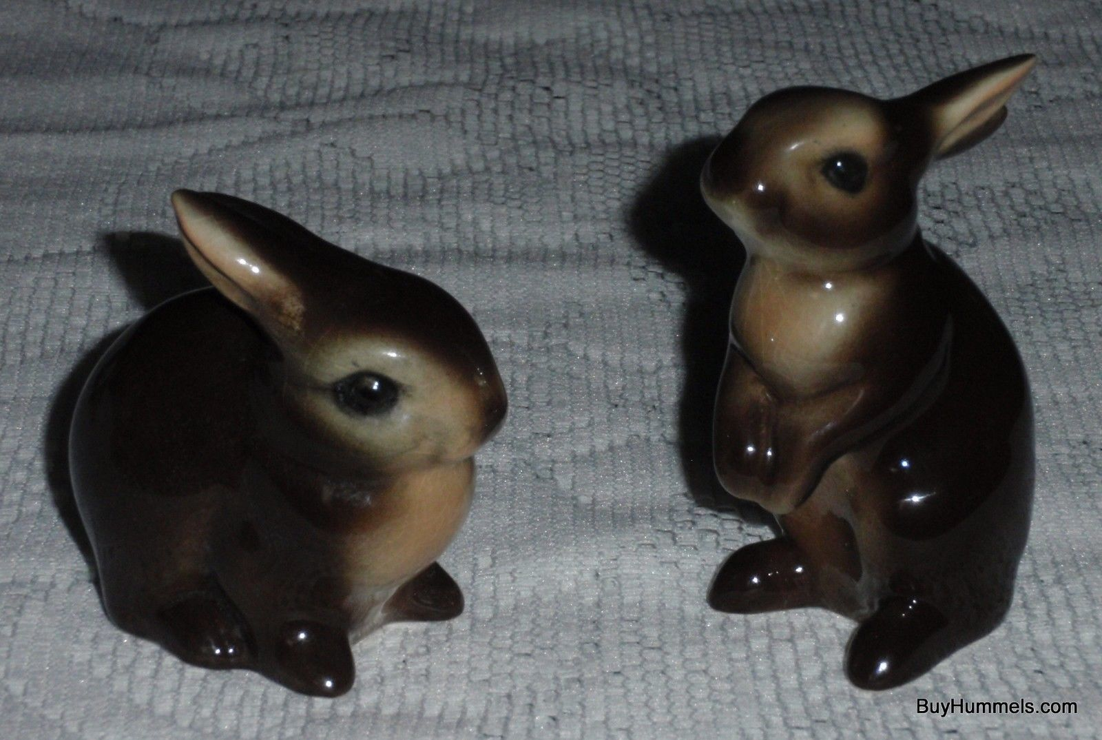 Lot of 2 Goebel Brown Bunny Rabbits Made In Germany - GREAT MOTHER'S DAY GIFT!