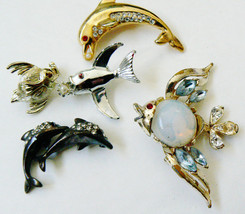 Lot Of 5 Gold & Silver Tone Metal Jelly Fish Dolphin Pin Brooch Set - $23.76