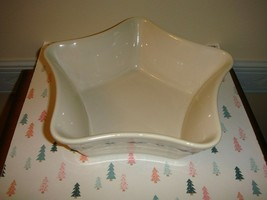 Longaberger Pottery Traditional Holly Large Star Dish  - $27.99