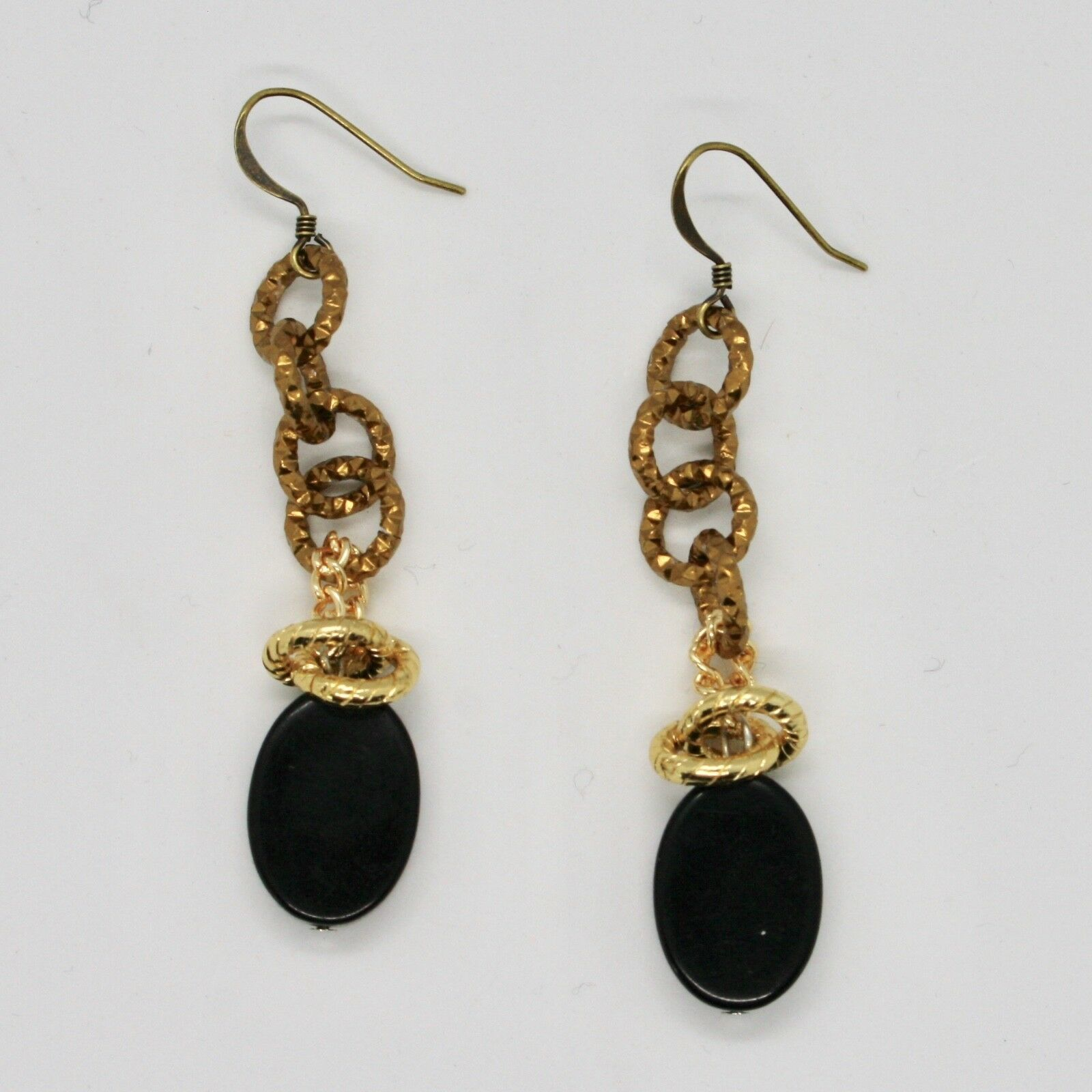 DROP EARRINGS ALUMINUM LAMINATED YELLOW GOLD WITH ONYX BLACK OVAL