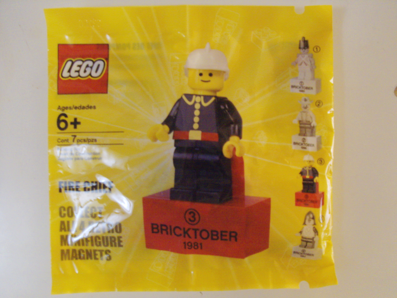 Lego Bricktober Fire Chief #3 of 4 Retro Minifigure Toys R Us Exclusive - New