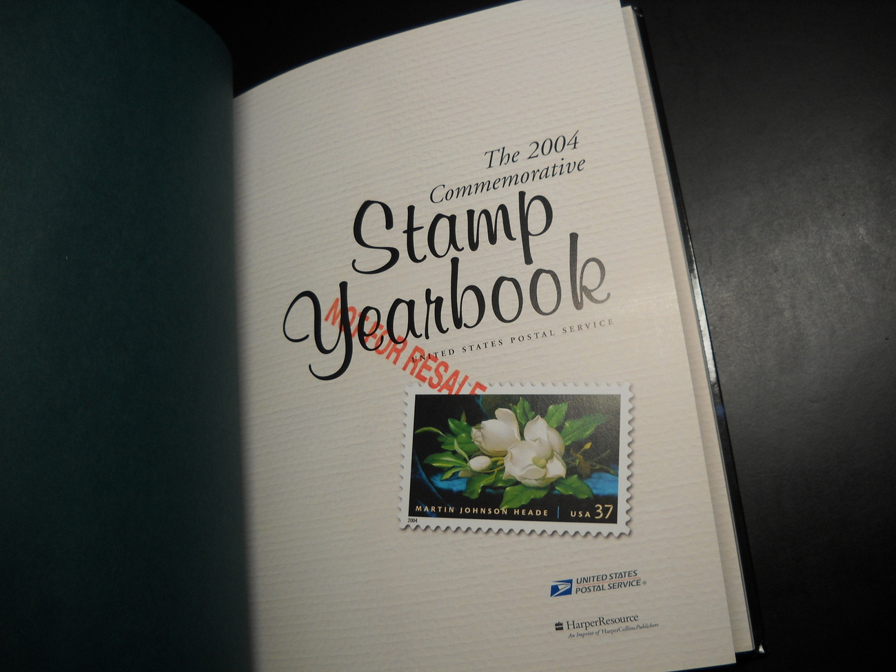 Postal Service The 2004 Commemorative Stamp Yearbook USPS Harper Collins HC