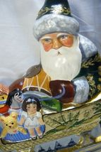 Vaillancourt Folk Art Large Santa in Golden Sleigh personally signed by Judi! image 4