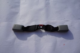 2006-2008 Lexus IS250 IS350 Seat Belt Buckle Latch Rear Center X586 - $34.29