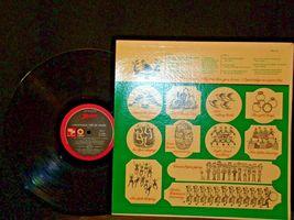 3 Christmas Records-The 12 Days of Christmas, A Christmas a Gift of Music Vol 3 image 6