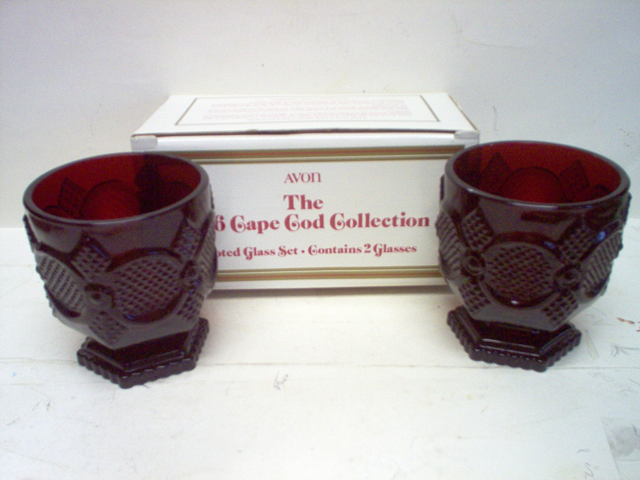 AVON CAPE COD RUBY RED PUDDING/JUICE/DESSERT CUPS/TUMBLERS