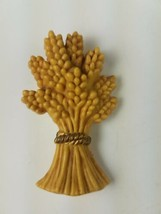 Hallmark Holiday Thanksgiving Pin Bundle Bunch of Wheat Hay Yellow - $9.65