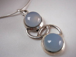 New Chalcedony Curves 925 Sterling Silver Pendant India - $5.93