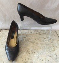 "Stuart Weitzman Black Textured Shoe Pump EUC Size 7.5 2 1/2"" heel Classic - $39.95"