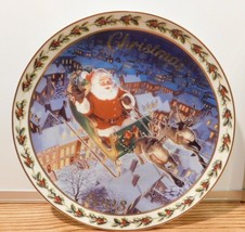 """CHRISTMAS PLATE 2003 Collectible 2003 Annual AVON   """"COMING TO TOWN""""  - $7.69"""