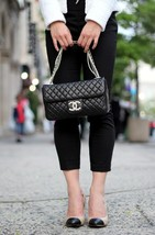 Auth Chanel Limited Ed Westminster Pearl Chain Quilted Lambskin Medium Flap bag image 15