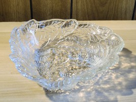 Vintage Indiana Glass Loganberry Bon Bon Dish Deoression Glass - $12.19