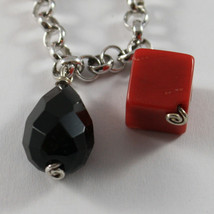 .925 RHODIUM SILVER BRACELET WITH CUBES OF CORAL BAMBOO AND DROPS OF BLACK ONYX image 2