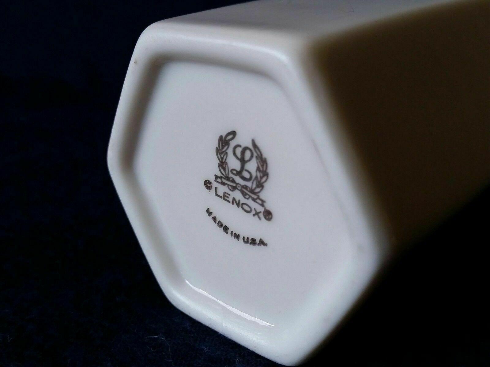 """Vtg Lenox Ivory Shelburne 7"""" Pierced Vase w/ 24K Gold Rim USA"""