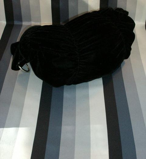 Black Velvet Handbag - Super Look!