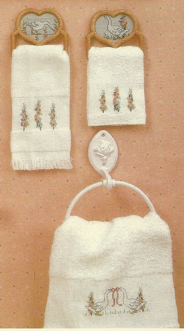 Banar Boutique Cross Stitch Pattern Leaflet No. 82 Embroidery Geese Flowers