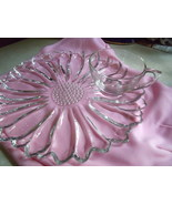Sunflower Design Luncheon/Snack Plates and Matching Clear Cups-Set of 7 - $87.00
