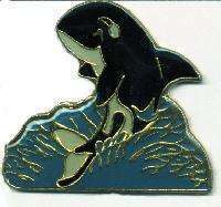 12 Pins - KILLER WHALE , hat tac lapel pin #1641