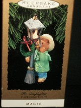 Hallmark Ornament 1993 Handcrafted The Lamplighter Magic Flickering Light - $27.08