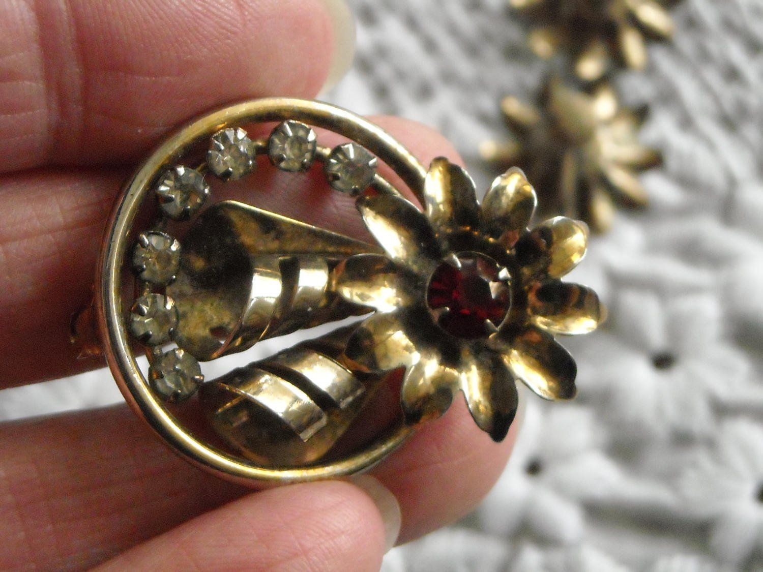 Vintage Gold Tone Flower Pendant Brooch & Matching Earrings Red & White Sets image 2