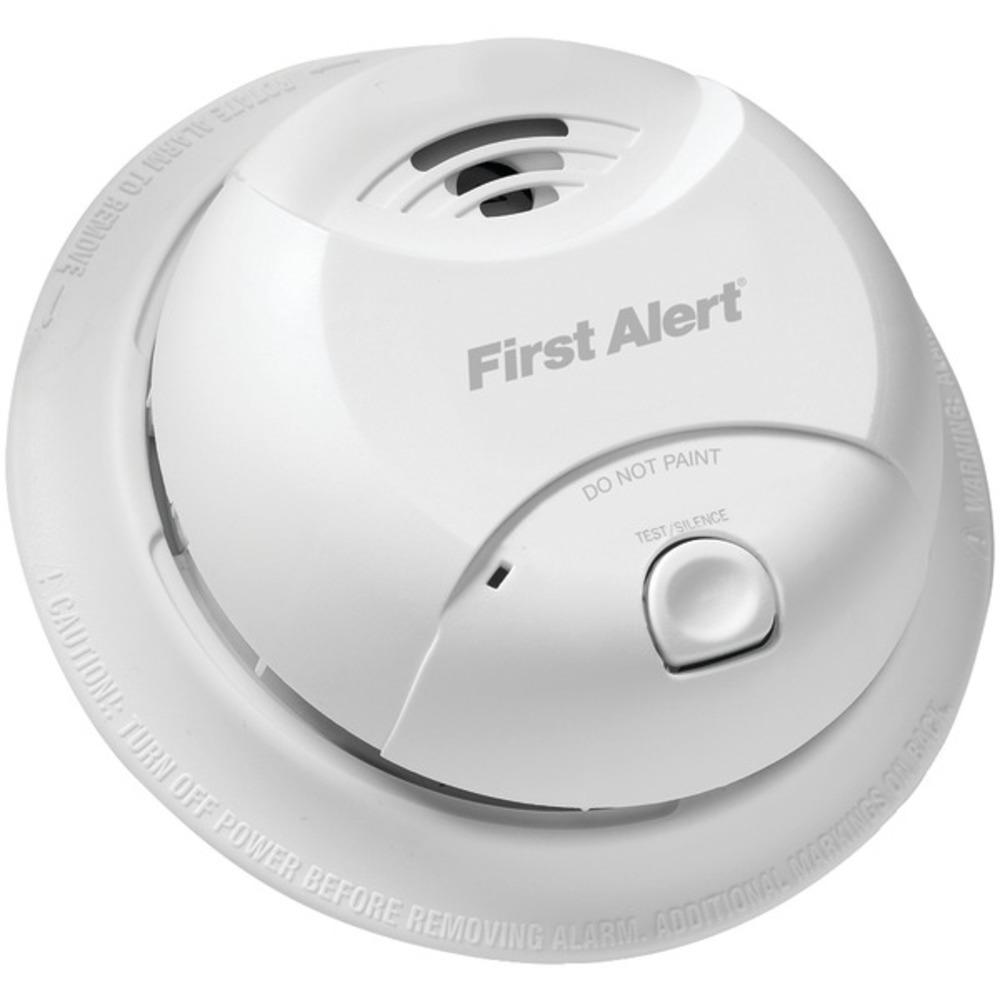 First Alert 0827B 10-Year Sealed-Battery Ionization Smoke Alarm