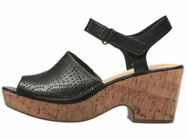 Clarks Maritsa Nila Black Women's Leather Platform Sandals 32121 - $79.00