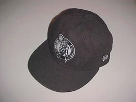Boston Celtics Team Logo NBA New Era 59FIFTY Adult Unisex Black Cap 7 1/2 - $22.76