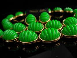 Vintage Monet necklace set / original tag - green ribbed cabs - Clip on ... - $225.00