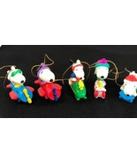 Peanuts CHRISTMAS ORNAMENTS United Feature Syndicate set 5 - $20.82
