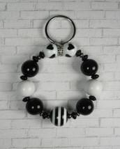 Striped Heart Beaded Handmade Keychain Bracelet Split Key Ring Black Whi... - $16.48