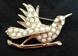 1960's White Milk Glass Stone Gold Tone Flying Bird Brooch Pin Unsigned ... - $11.99