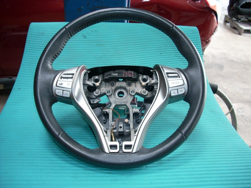 2014 NISSAN ALTIMA STEERING WHEEL WITH RADIO AND CRUISE CONTROLS