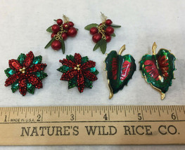 Christmas Earrings Pierced Green Red Leaf & Flower Beaded Berries Lot of... - $14.84