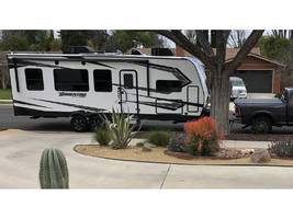 2019 GRAND DESIGN MOMENTUM G-CLASS 25G For Sale In Woodland Hills, CA 91367 image 1