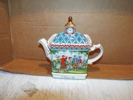 1 Vintage Sadler Made in England Championships Round of Golf Tea Pot - $37.04