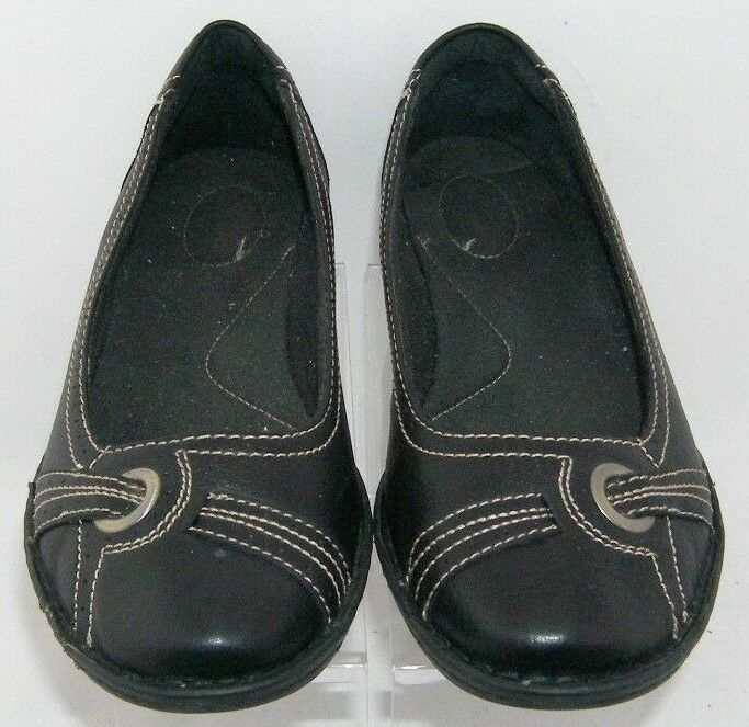 Clarks black leather round toe stitched brogue grommet slip on flats 15260 10M