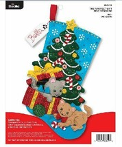 Bucilla 'The Pawfect Gift' Stocking Embroidery Applique Kit-86899E-Cat S... - $26.99