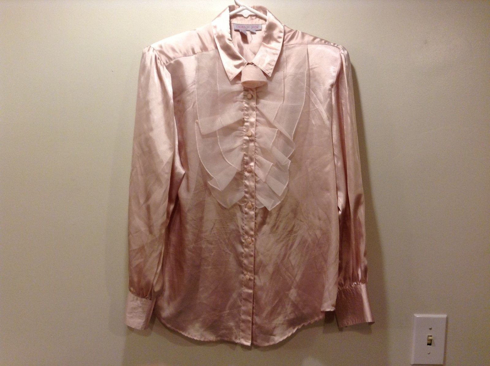 Laura and Jayne Button Down Shiny Rose Pink Frilly Blouse Sz 12