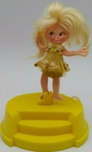 Blond Girl Doll 1970 Vintage Flatsy Spinderella Ballerina Yellow In Case... - $37.95